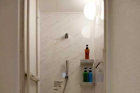 大阪のフィットネススタジオTRIVE 来店フロー シャワールーム
